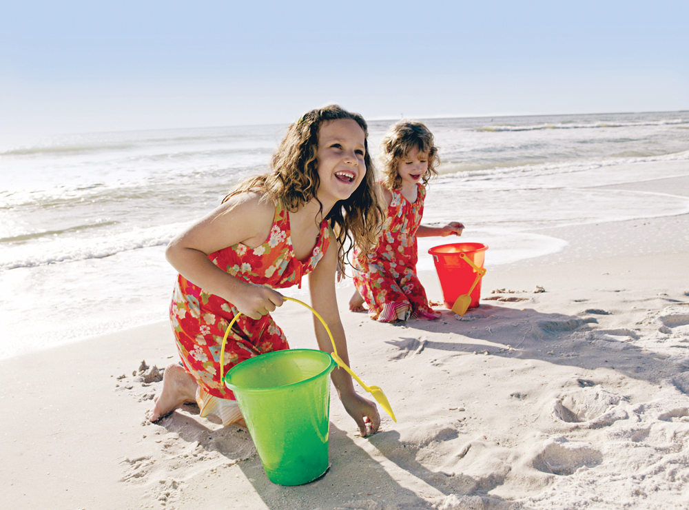 Families love the Paradise Coast for its beaches, resorts and family attractions.